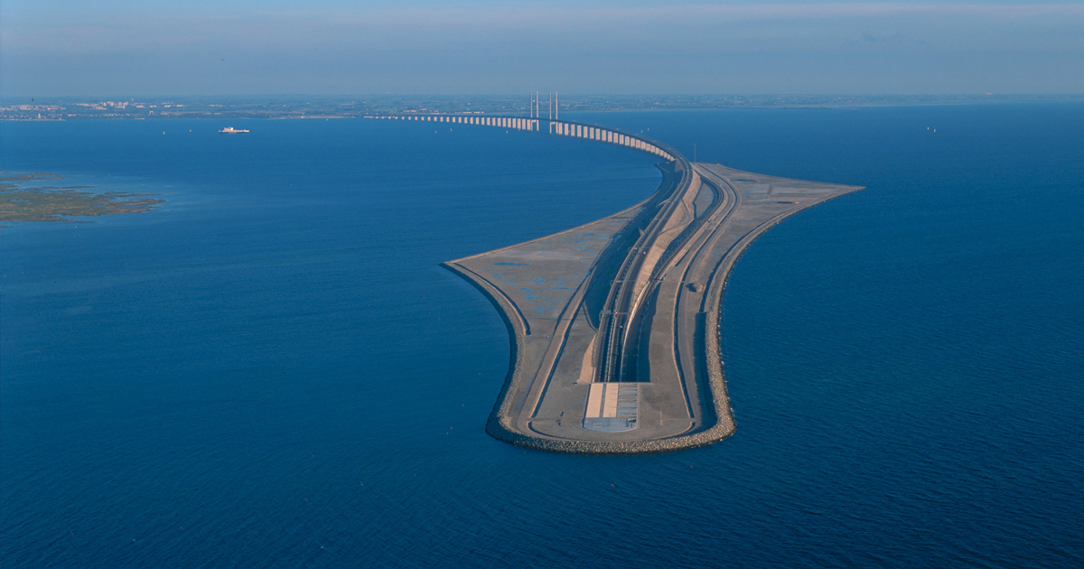 tunnel-bridge-oresund-link-artificial-island-sweden-denmark-fb